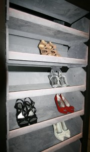Motor Driven Shoe Storage With Automatic Shelves